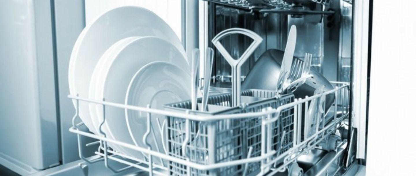 7 Things You Should Never Put in Your Dishwasher